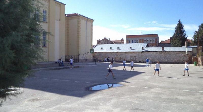 kade se sportskite sali01